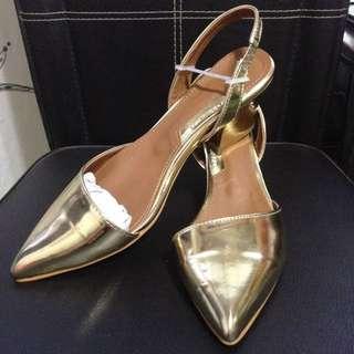 *5折賤價賣*韓貨 金色低跟涼鞋