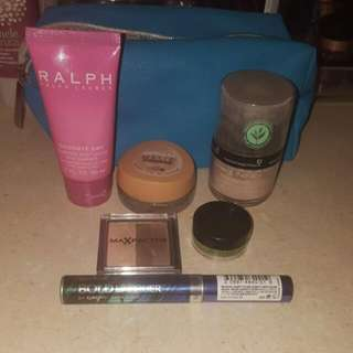 Makeup Pack With Neutrogena Makeup Bag (Pending)