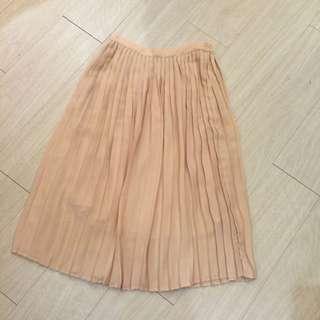 日本品牌,裸粉色雪紡百摺裙