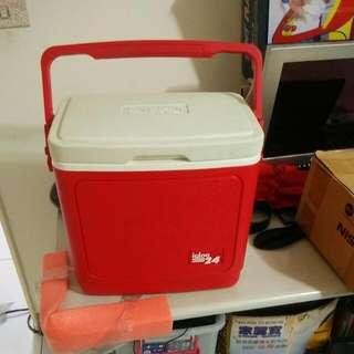 九成新保冷箱 可放大瓶礦泉水六瓶 499出清