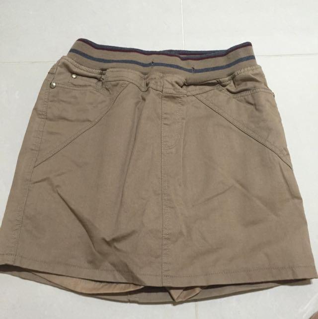 駝色短裙(有安全褲)