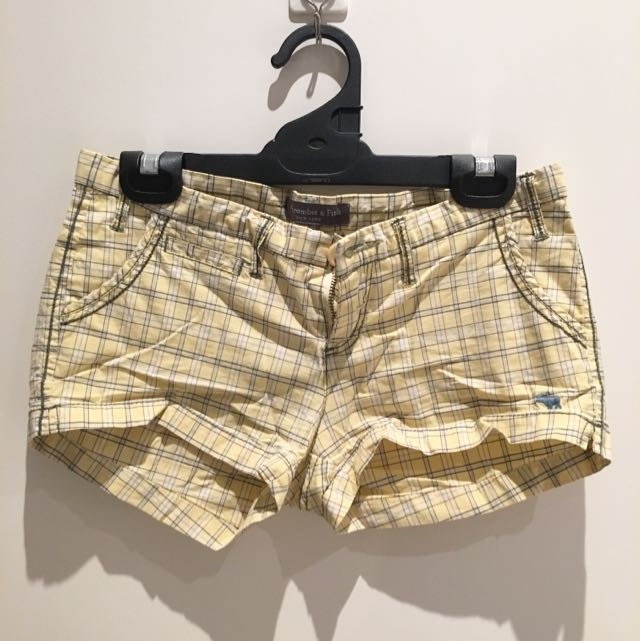 Abercrombie & Fitch Shorts in size M
