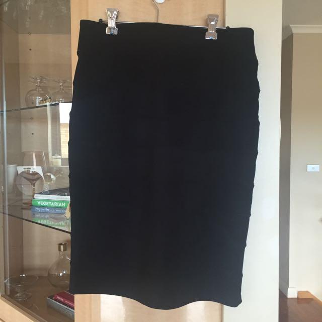 Black Dotti Pencil Skirt
