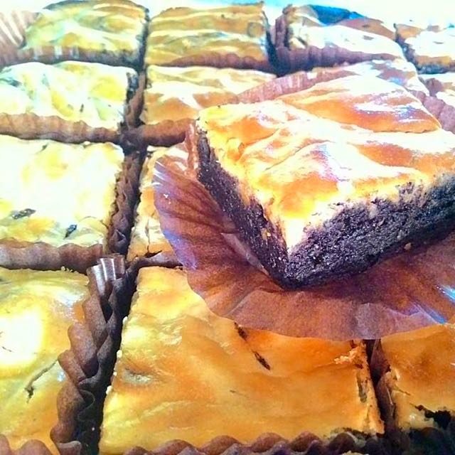 Creamcheese Brownies (6 pcs. per box)
