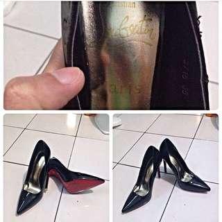 Sepatu Second Tembakan Cristian  Laobotien