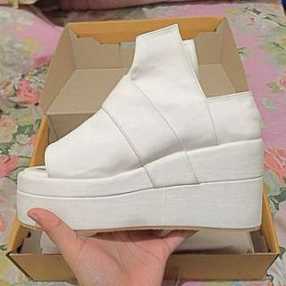 Potes Blash Shoes - White