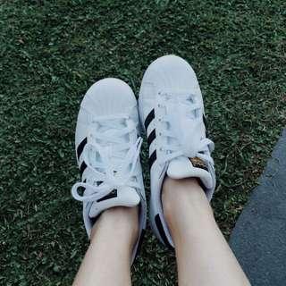 Adidas Superstar US5