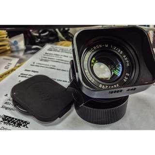 Leica 35mm Summicron Black