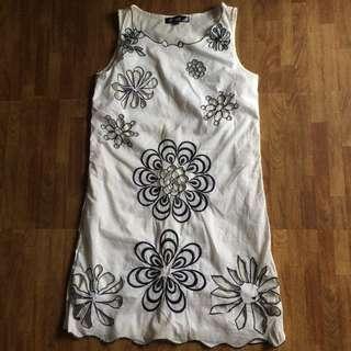 White Sexy Flowery Dress