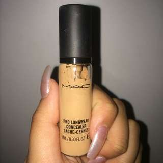 "Mac Prolong Wear Concealer ""NC35"""