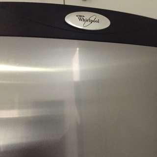 Refrigerator ( Whirlpool )