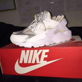 -on Hold-  Triple White Huaraches (size 8)