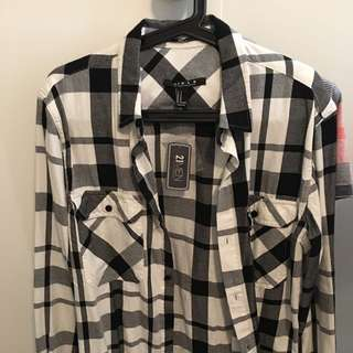 New With Tags Men's Forever 21 Button Up