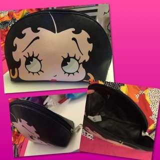 二手貝蒂娃娃化妝包、手拿包