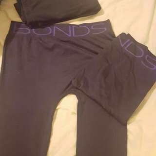 x2 Bonds Leggings And 1 Pair Plain Black Leggings Size S