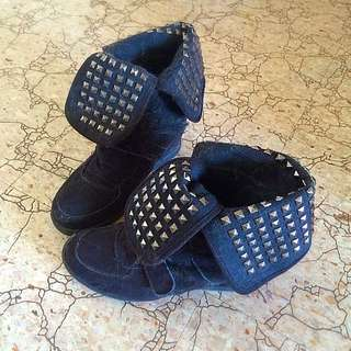 Wedged High Tops Size 8