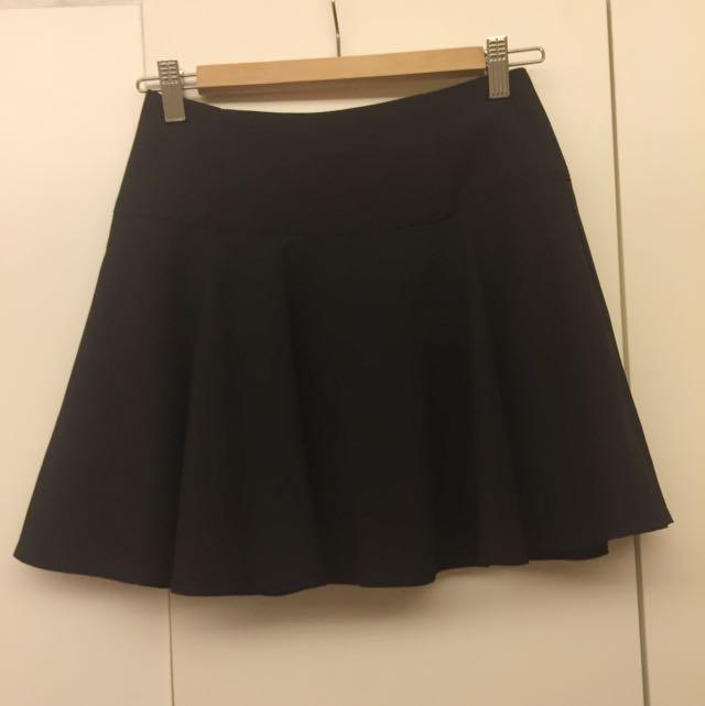 黑色高腰圓擺褲裙