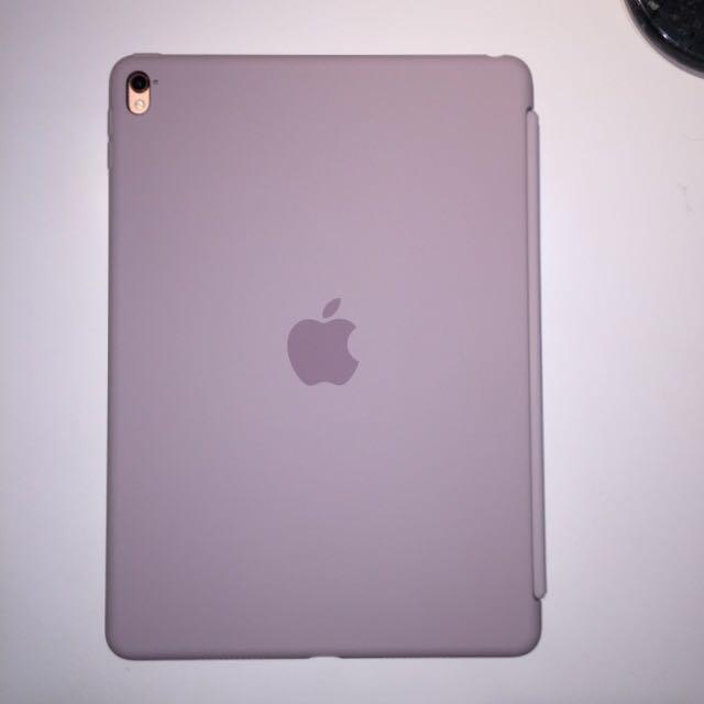 【降價】蘋果原廠 9.7吋iPad Pro 矽膠護套-淡紫色,原價2490元