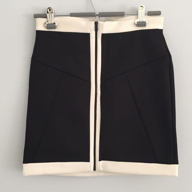 Classy Mid Thigh Skirt