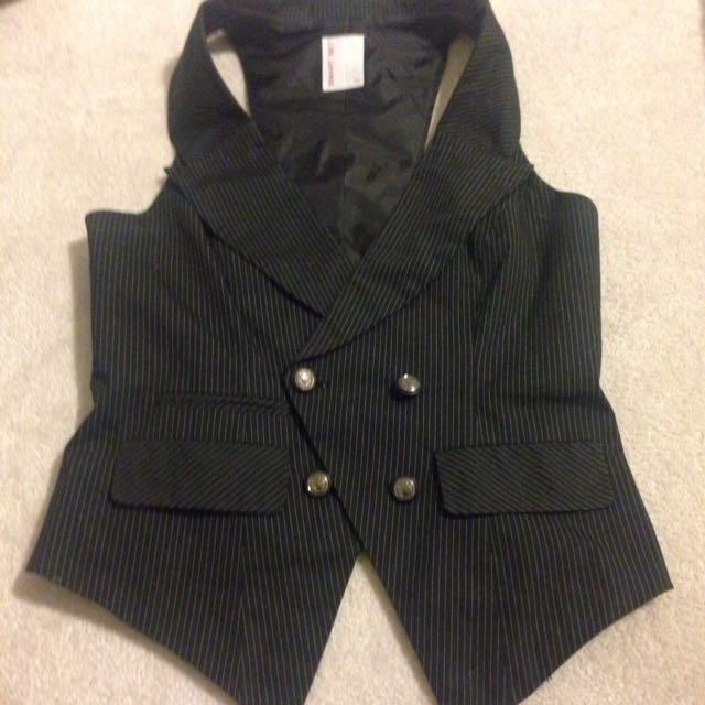Size Small Smart Set Vest
