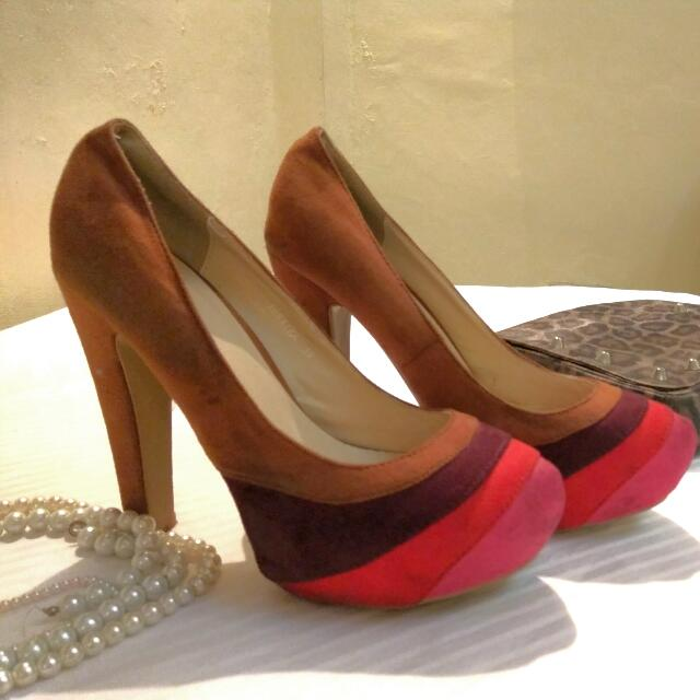 xxReservedxx So Fab Platform Pumps