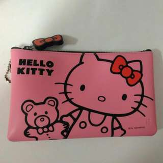 Hello kitty p+g design 手拿包
