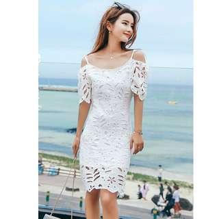 度假去~獨家定制小吊帶镂空蕾絲修身顯瘦洋裝 連衣裙 連身裙 T58468#