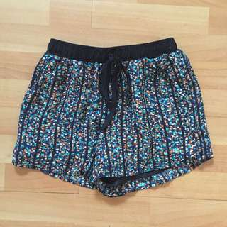 Comfy Pattern Shorts