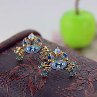 BRAND NEW GORGEOUS BETSEY JOHNSON BLUE CRAB DESIGNER EARRINGS