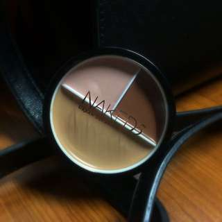 Naked 5 Foundation 3 Color
