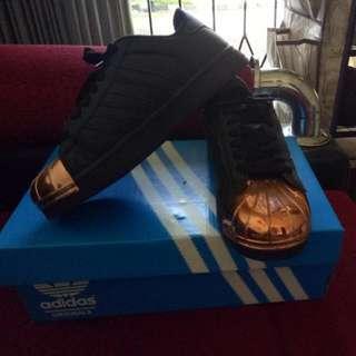 Sepatu Adidas Superstar