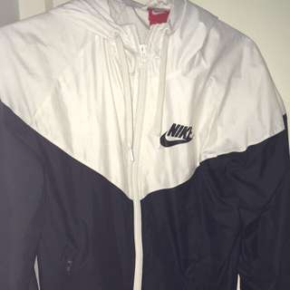 Nike Windbreaker (authentic)