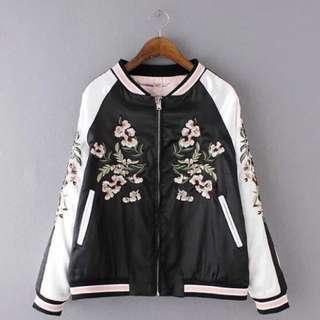 🚚 全新轉賣 橫須賀刺繡緞面飛行外套 棒球外套