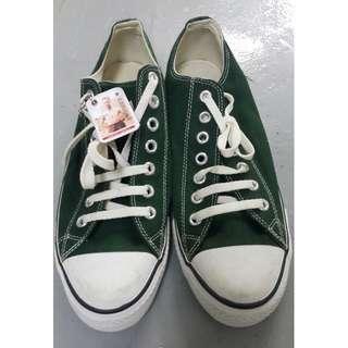 全新 綠色Converse ( 9號)