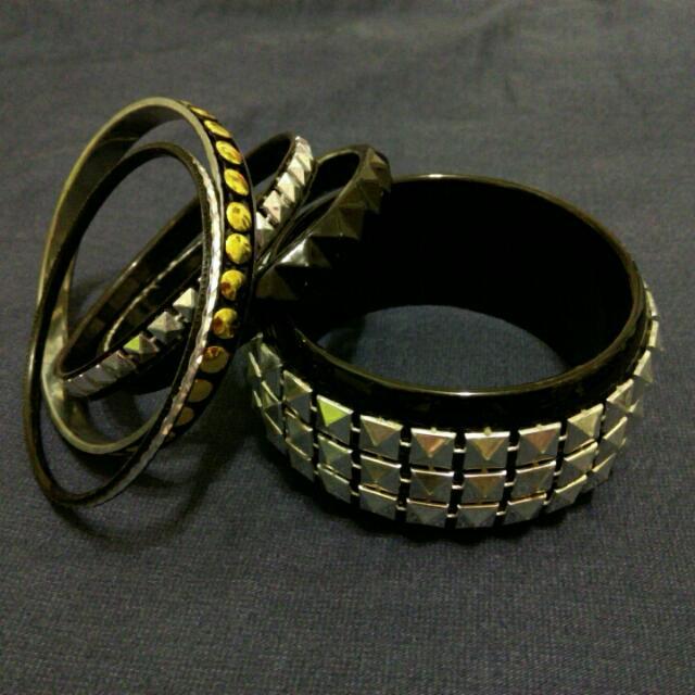 【贈】手環