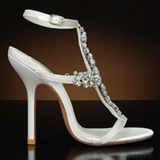 Benjamin Adams London Kew heels