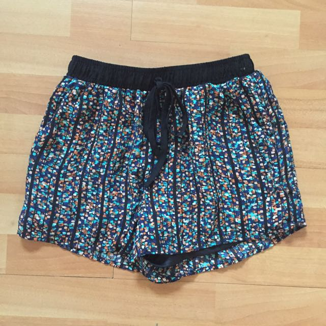 Comfy Pattern Shorts