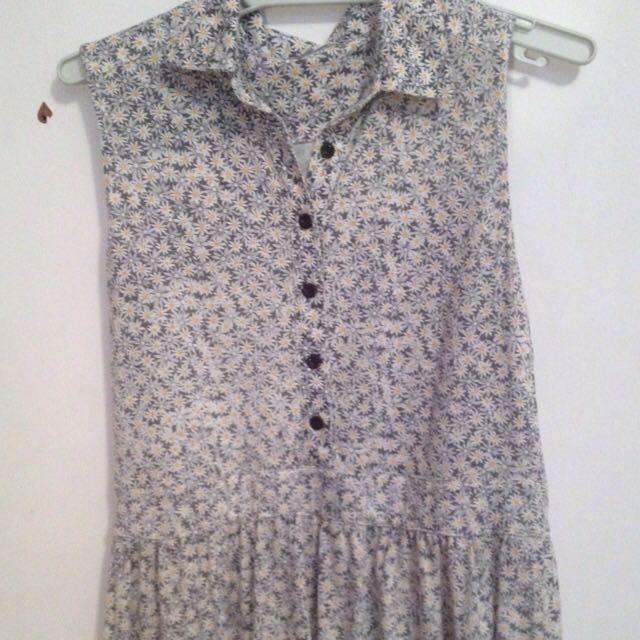 Daisy Pattern Dress