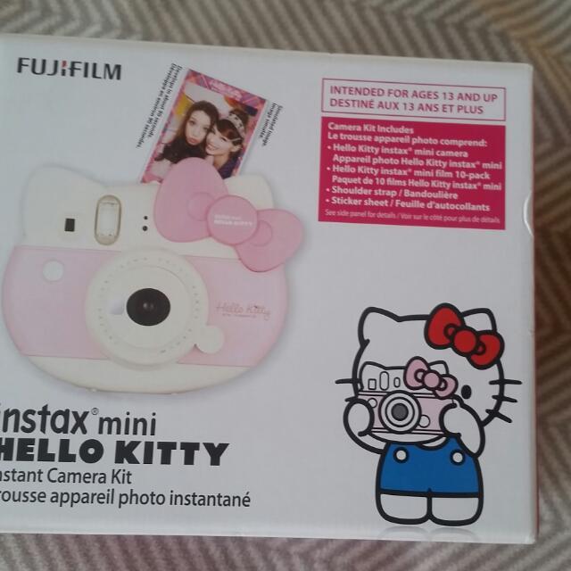 Hello Kitty Fujifilm Instant Camera