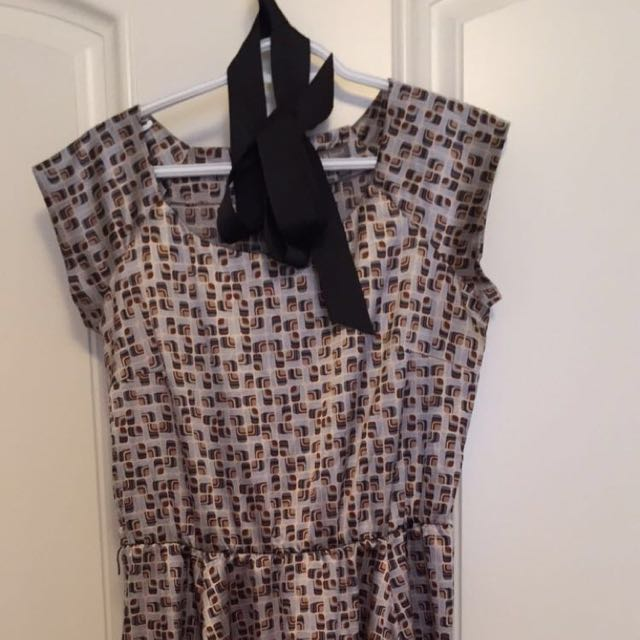 Knee Length Dress - Medium
