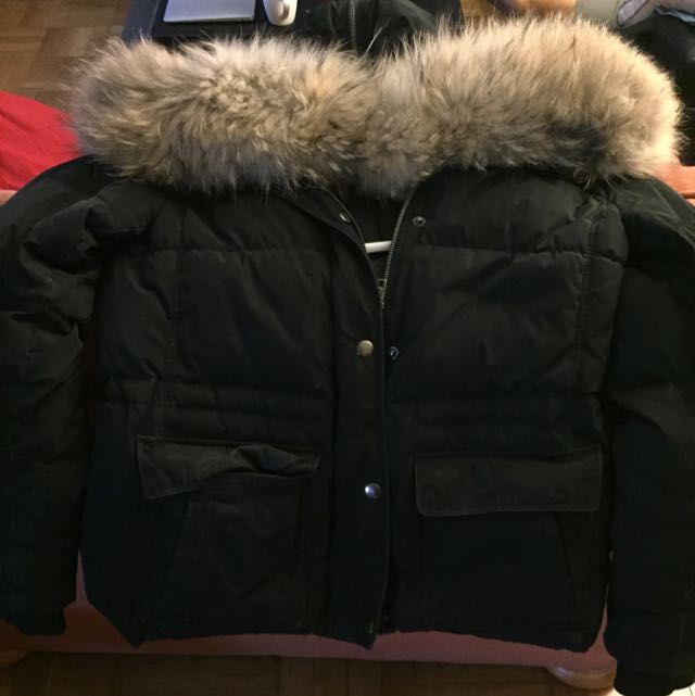 Theory Parka Size Medium