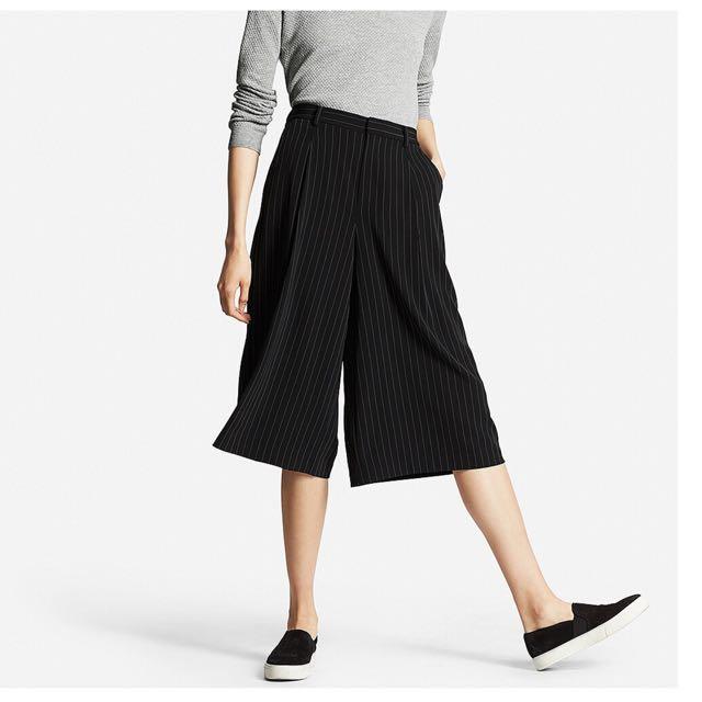 Uniqlo直條紋寬褲