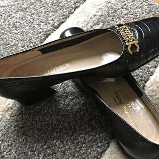authentic salvatore ferragamo black shoes