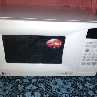 Selling My Microwave Oven LG