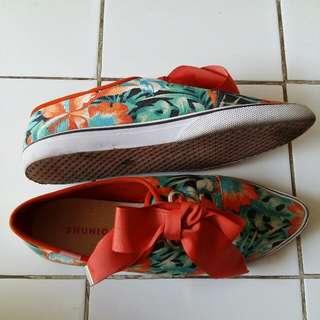 Tropical Shoes