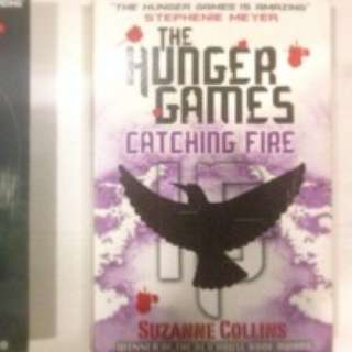 Novel B. Inggris The Hunger Games Series by Suzanne Collins Softcover