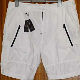 最後降價!Armani Exchange白色休閒短褲(36腰)略寬版型