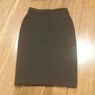 Country Road Black Skirt XS - Italian Yarn