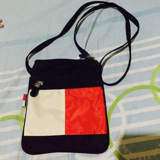 Authentic Tommy Hilfiger Crossbody Bag