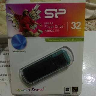 (代賣,不換物)32G隨身碟